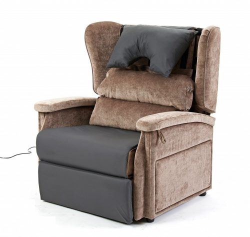 Configura bariatric chair wtih overlay, backrest and pillow