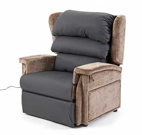 Configura bariatric chair wtih overlay and backrest