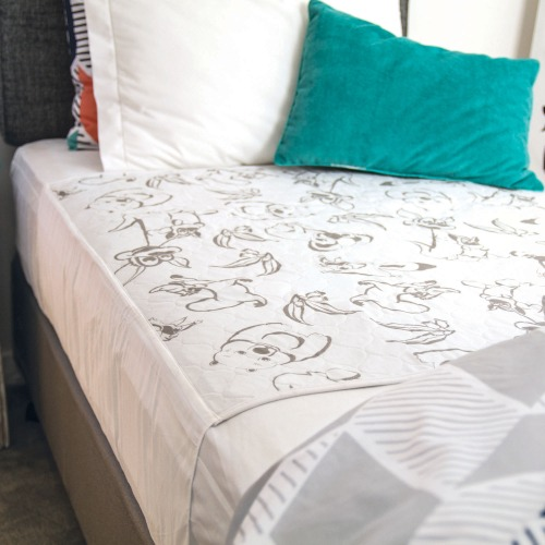 conni bed pad with tuck-ins